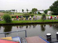 Amsterdam e olanda bici barca le canoe degli adventur for Houseboat amsterdam prezzi