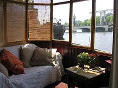Amsterdam le house boat i prezzi delle case galleggianti for Houseboat amsterdam prezzi